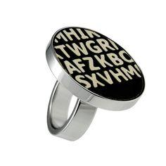 #Fingerring haldimann kollektion #Ring #Schmuck #jewelry #design #style #love #trendy #beautiful #schmuckstück #schweiz #einzigartig #geschenkidee #geschenk Cufflinks, Bottle, Friends, Accessories, Beautiful, Design, Unique, Switzerland, Monochrome