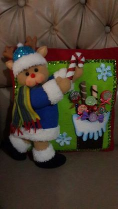 Stephy García Ferrer's media content and analytics Christmas Sewing, Vintage Christmas, Christmas Crafts, Merry Christmas, Easy Arts And Crafts, Diy And Crafts, Crafts For Kids, Adult Crafts, Christmas Stockings