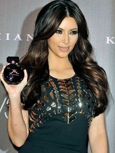 Black hair and rich brown highlights. This is like what I want with a little more brown and maybe a different shade if brown mixed in too!