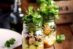 Honig-Senf-Schichtsalat – Salat to Go im Glas