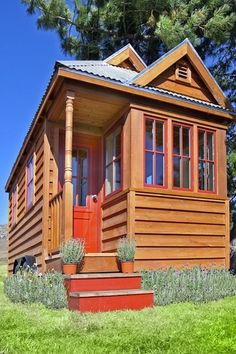 Build a house for 20K - I have this idea of building a small house/building near a lake or garden and making that my massage office/room.