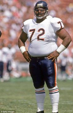 William 'The Fridge' Perry. A huge defensive lineman who weighed he played for The Chicago Bears and won Super Bowl XX with them. Titans Football, Bears Football, Football Players, Nfl Bears, 1985 Chicago Bears, Chicago Bears Super Bowl, American Football League, National Football League, William Perry
