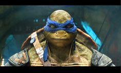 Teenage Mutant Ninja Turtles Exclusive: Filmmakers Explore Why We Love TMNT! Ninja Turtle Mask, Ninja Turtles 2014, Teenage Mutant Ninja Turtles, Stallone, Rap, Tmnt Leo, Leonardo Tmnt, Reptile Skin, Michael Bay