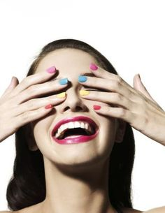 Haz tu misma la manicura | eHow en Español