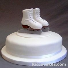 This cake was made for the birthday of an ice-skater girl; is perfect for as a sport event cake.