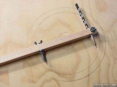 Ah! E se falando em madeira...: Fazendo um compasso