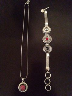 A couple of my creations I made with my Magnolia and Vine jewelry!! So pretty…