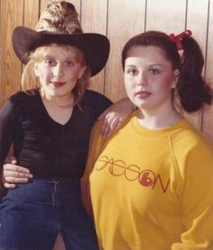 ABBY AS A TEEN WITH MRS. MILLER THIS IS THE GREATEST RARE IN HISTORY OF THE FANDOM    THIS IS NOT KINDA CREEPY   IT IS CREEPY