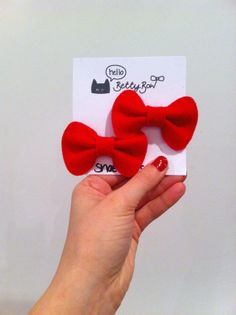 Betty Bow Shoe Clips // Red Felt Bows // by hellobettybow, £3.00