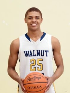 MaCio Teague, Caleb Tregre leading Walnut Hills to undefeated start | December 16, 2014
