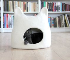 Cat bed - cat cave - cat house - eco-friendly handmade felted wool cat bed - natural white - made to order This is cozy and comfortable bed for your