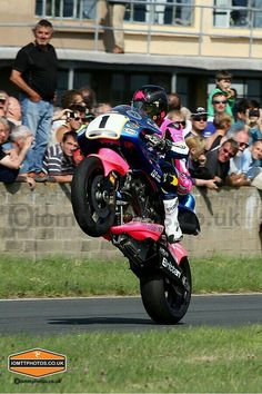 Bruce Anstey wheeling with Britten classic TT Bike Tattoos, Motorcycle Art, Racing Motorcycles, Isle Of Man, Super Bikes, Road Racing, Ducati, Motorbikes, Pure Products