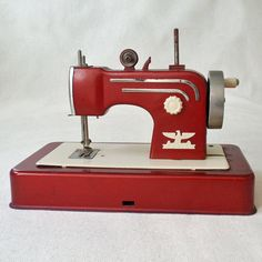 Vintage Casige Toy Sewing Machine Red Made in by RattyAndCatty, $76.00