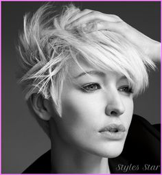 Long pixie haircut for oval faces - http://stylesstar.com/long-pixie-haircut-oval-faces.html