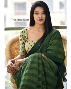 Check out this collection of best formal office wear sarees collection online from the brand The Apik store. Cotton Saree Designs, Silk Saree Blouse Designs, Blouse Patterns, Saree Wearing Styles, Saree Styles, Formal Saree, Casual Saree, Trendy Sarees, Stylish Sarees
