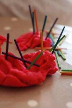 30 Days to Hands on Play: Ways to Keep on Playing! - The Imagination Tree