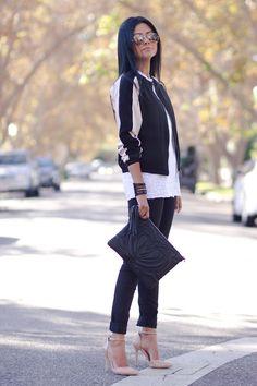 Petite fashion bloggers :: Walk in Wonderland: BLACK WHITE AND BLUSH