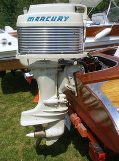Vintage out boards Outboard Motor Stand, Outboard Boat Motors, Wooden Speed Boats, Wooden Boats, Boat Restoration, Boat Engine, Mercury Outboard, Old Boats, Classic Motors