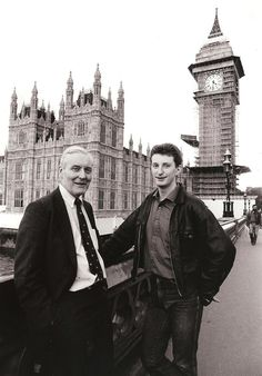 Tony Benn disproved the old cliche that you become more right wing with age. He remains an inspiration pic.twitter.com/NC8YeMl6cx