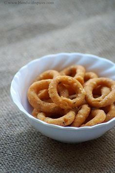 Chegodilu Recipe - A Traditional Andhra Savory Snack - #Diwali Snacks Recipes | blendwithspices.com
