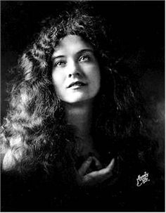A well-known stage actress, Maude Fealy appeared in Thanhouser films intermittently in 1911 and 1912 and with fewer interruptions in 1913 and 1914. She received extensive publicity during her 1913-1914 tenure and was featured in advertising more than any other Thanhouser player. Month after month, advertisements featuring such multiple-reel films as Moths were run in Reel Life, The New York Dramatic Mirror, and elsewhere.