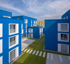 Boeselburg Council and Student Housing / Kresings GmbH