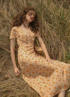 Sincethen Peche Floral Maxi Dress - Source by - Pretty Outfits, Pretty Dresses, Cute Outfits, Beautiful Dresses, Work Outfits, Aesthetic Fashion, Aesthetic Clothes, Vintage Outfits, Vintage Dresses