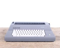 Vintage Smith Corona SL575 / Working Electric Typewriter / Vintage Typewriter…