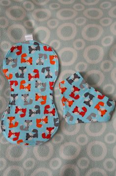 Burp cloth and bib set, Baby gift set, Baby burp cloth, baby bandana dribble bib, baby shower gift, blue fox fabric, one off! by BobtailsBoutique on Etsy