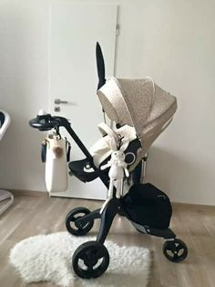 Stokke stroller i love this beige black