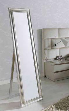 Speil modell CARITA✨ www.mirame.no #speil #stue #soverom #gang #bad #innredning #møbler #norskehjem #mirame #pris #nettbutikk #interior #interiør #design #nordiskehjem #vakrehjem #butikk #helg #oslo #norge #norsk #påveggen #bilde #speilbilde #carita #garderobespeil #mirror