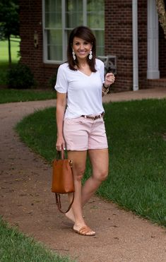 Summer pastel outfit summer shorts outfits, preppy outfits, summer cruise o Elegant Summer Outfits, Spring Outfits Women Casual, Summer Outfits Women Over 40, Summer Shorts Outfits, Shorts Outfits Women, Legging Outfits, Womens Fashion Casual Summer, Fashion For Women Over 40, Short Outfits