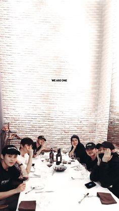 Baekhyun Chanyeol, Got7, Exo For Life, Luhan And Kris, Kai, Exo Album, Exo Lockscreen, Exo Ot12, Chanbaek