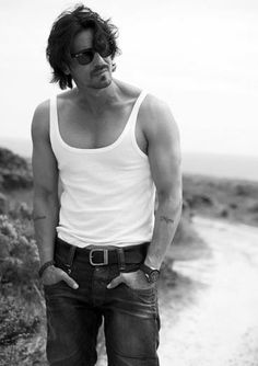 Some people age better than others. Then there are people like Arjun Rampal, who don't age at all.For this former supermodel-turned-actor who shut naysayers up with a National Award win for his role in director Abhishek Kapoor's debut film Rock On!!, turns 41 today, November 26.