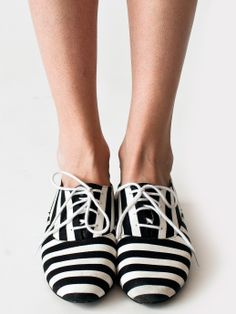 Bobby Stripe Lace-Up Shoe | Women's Shoes | American Apparel