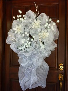 Snow+and+Ice+White+Deco+Mesh+Wreath+by+JsJingleJangles+on+Etsy,+$65.00
