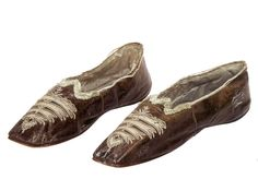 A pair of slippers belonging to the Empress Josephine - musee de Malmaison Empress Josephine, Napoleon Josephine, The Empress, Chateau De Malmaison, La Malmaison, Historical Costume, Historical Clothing, Sock Shoes, Shoe Boots