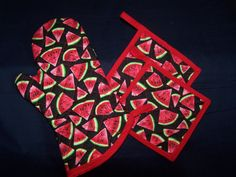 Watermelon Print Contrast Red Pot Holders and Oven