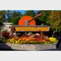 Silver Dollar City - Been here numerous times. Aug 2007 found out Erica was pregnant again on this trip