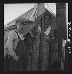 All Chris Adolf's children are hard workers on the new place. Yakima Valley, Washington. - Photo by Dorothea Lange - August 1939.
