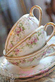 ♥•✿•♥•✿ڿڰۣ•♥•✿•♥ ♥   Cups and saucers  ♥•✿•♥•✿ڿڰۣ•♥•✿•♥ ♥