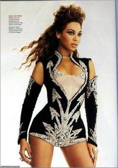 Beyonce stage costume - ideas for Latin dance outfit - salsa bachata cha cha rumba samba