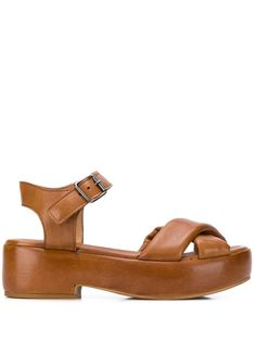 Tan leather New Delhi sandals from Moma featuring an open toe, crossover straps to the front, an ankle strap with a side buckle fastening, a branded insole and a platform sole. Moma Shoes, New Delhi, Delhi India, Concert Hall, Shoe Game, Tan Leather, Open Toe, Ankle Strap, Calves
