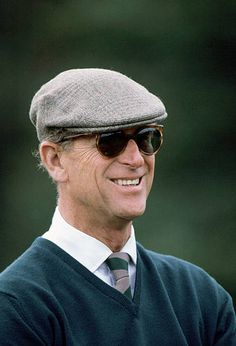 Prince Philip Wearing Sunglasses And A Cap At Windsor Great Park. Royal Family Trees, Reine Victoria, Elisabeth Ii, Royal Guard, Prince Phillip, Man Stuff, The Crown, Royal Families, Barbour