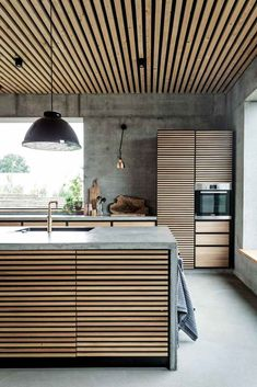 Colorful your Kitchen with Mid-Century Modern Lamps Modern House Design colorful kitchen Lamps midcentury Modern Design Loft, Küchen Design, Design Case, Design Ideas, Design Basics, Design Layouts, Creative Design, Design Trends, Interior Design Examples