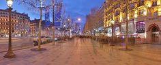 Trottoir nord de l'avenue des Champs-Elysees.