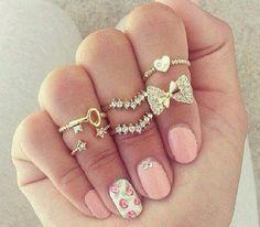 So many rings!!!
