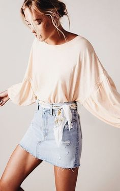 44 Charming Spring Work Outfits To Wear To The Office Mode Outfits, Casual Outfits, Fashion Outfits, Fashion Trends, Denim Outfits, Womens Fashion, Fashion 2018, Rush Outfits, Jean Skirt Outfits