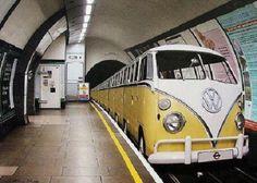 Lach van de Dag - Plaatje: De Volkswagen Metro - Lachvandedag.nl - De dagelijkse humorsite