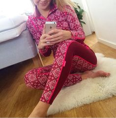 Kari traa Capri Pants, Weather, Wool, Outfits, Beautiful, Design, Fashion, Moda, Capri Trousers